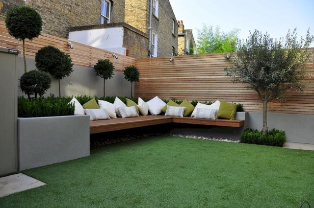 tempat duduk di taman minimalis